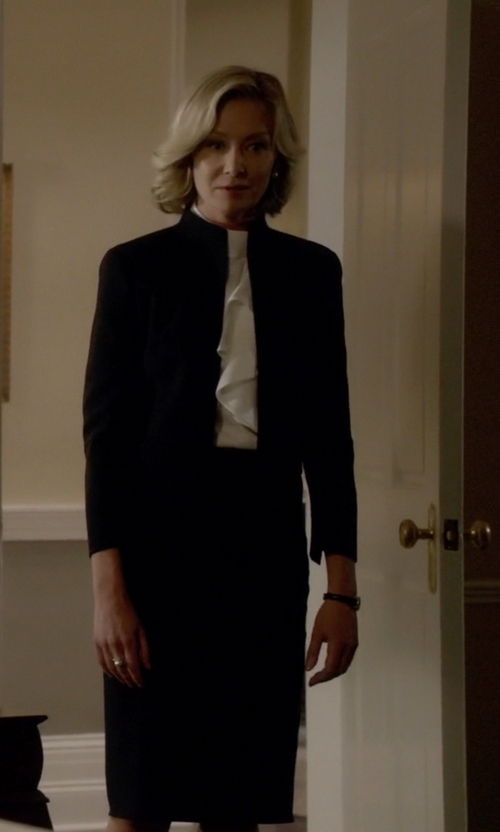 Portia de Rossi with Akris One-Button Jacket with Mandarin Collar in Scandal