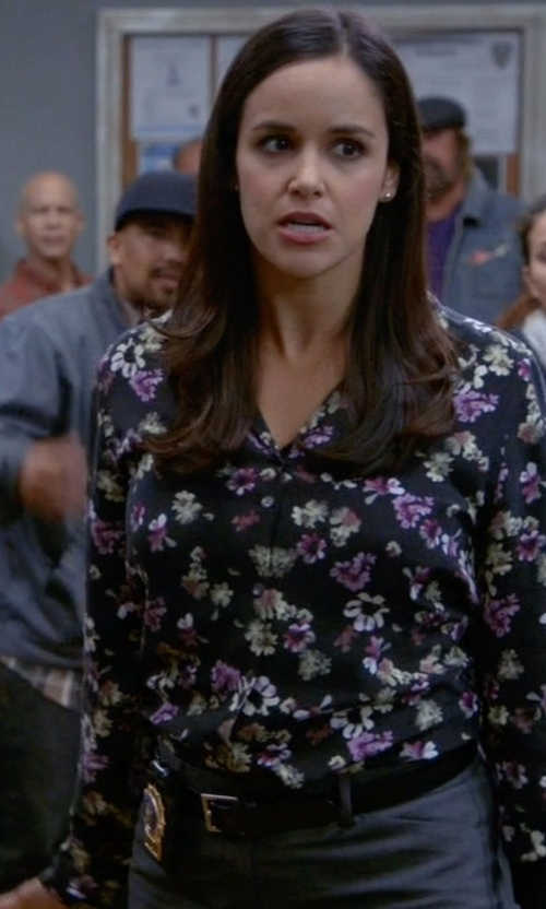 Melissa Fumero with Johnston Murphy Artisan Stitch Belt in Brooklyn Nine-Nine
