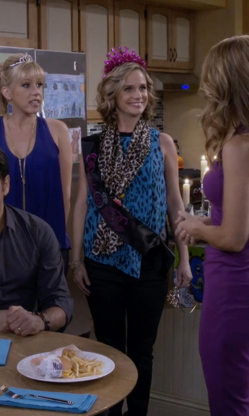 Andrea Barber with Tahari Arthur S. Levine Patterned Roundneck Top in Fuller House