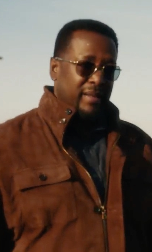 Wendell Pierce with Brooks Brothers Suede Field Jacket in Jack Ryan