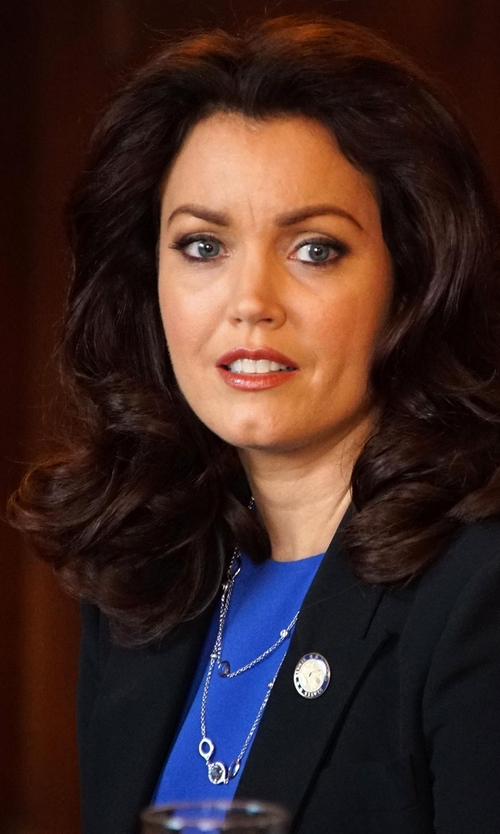 Bellamy Young with Lagos 'Luna' Pearl Station Necklace in Scandal