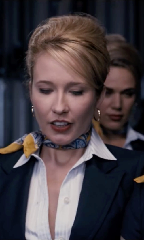 Anna Camp with Bony Levy Hoop Earrings in Pitch Perfect