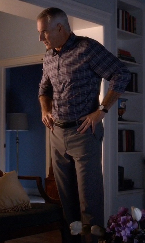 Jim Abele with Brooks Brothers Milano Advantage Chino Pants in Pretty Little Liars