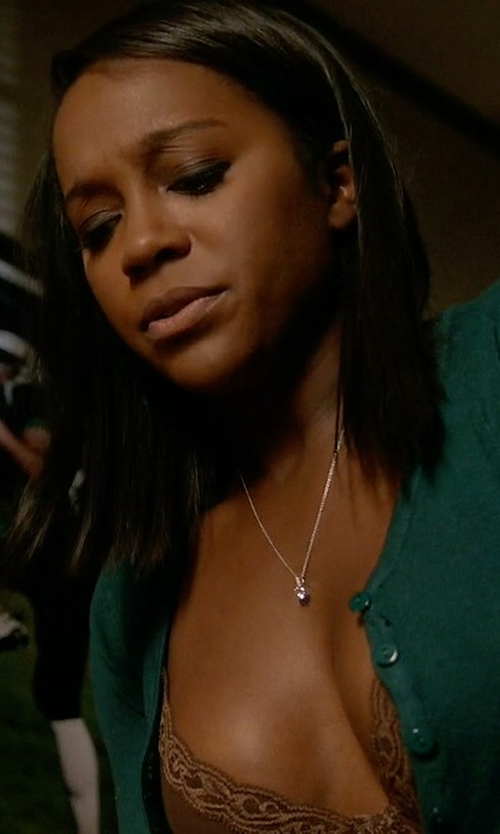 Aja Naomi King with Natori 'Feathers' Underwire Contour Bra in How To Get Away With Murder