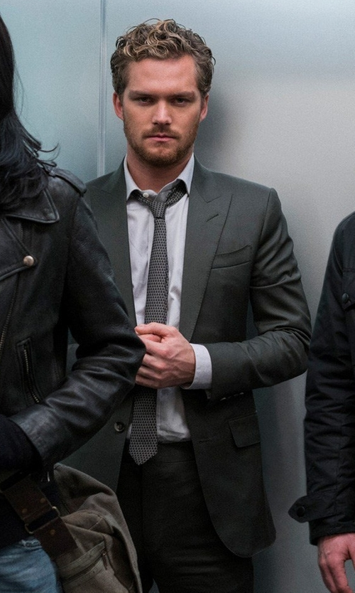 Finn Jones with Tom Ford Windsor Base Birdseye Two-Piece Suit in Marvel's The Defenders