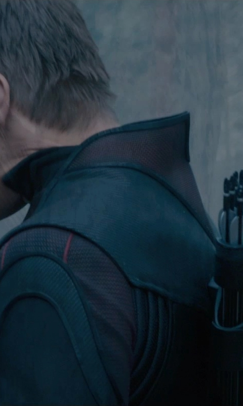 Jeremy Renner with Hoyt Bows Gamemaster Recurve Bow II in Avengers: Age of Ultron