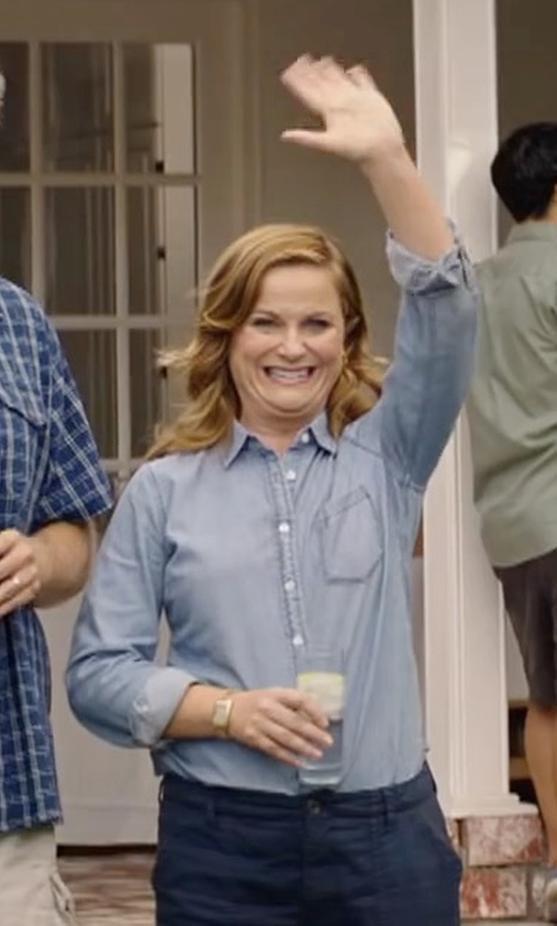 Amy Poehler with Rag & Bone/Jean Chambray Shirt in The House