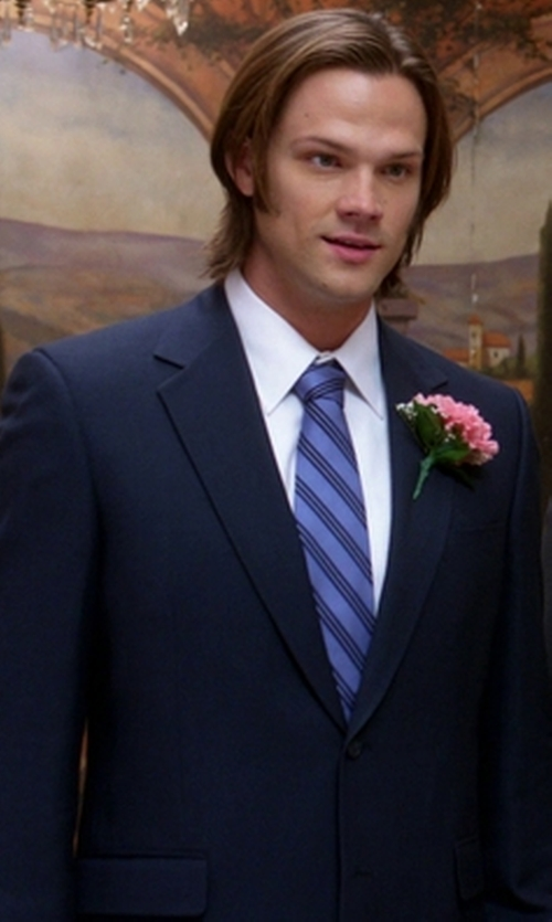 Jared Padalecki with Canali Sienna Contemporary-Fit Solid Two-Piece Travel Suit in Supernatural