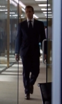 Suits - Season 6 Episode 9 - The Hand That Feeds You