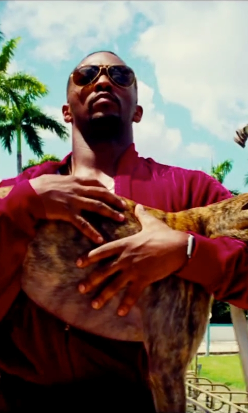 Anthony Mackie with Van Heusen Fitted Piqué Dress Shirt in Pain & Gain