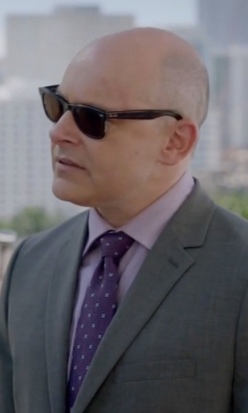 Rob Corddry with Ray-Ban New Wayfarer Sunglasses in Ballers