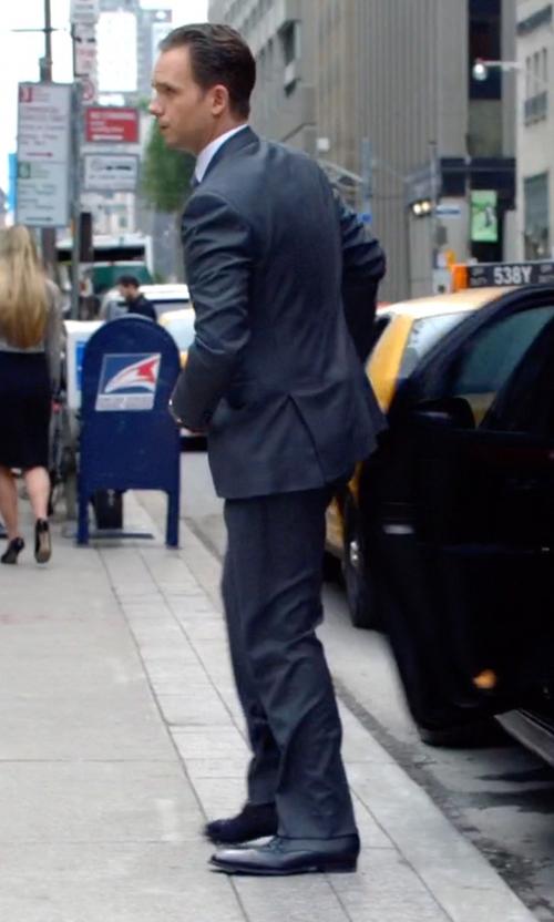 Patrick J. Adams with Salvatore Ferragamo Lace-Up Cap-Toe Oxford Shoes in Suits