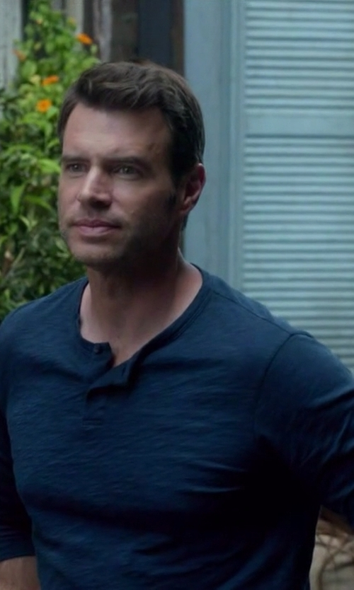 Scott Foley with Vince Long-Sleeve Henley Tee Shirt in Scandal