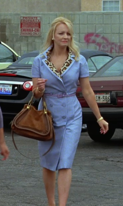 Wendi McLendon-Covey with Chloé The Paraty Large Textured-Leather Bag in Bridesmaids