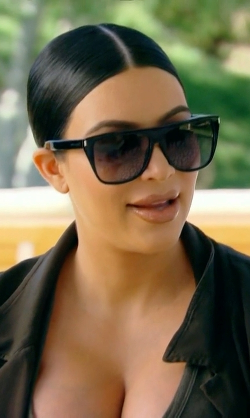 Kim Kardashian West with Saint Laurent SL 1 Flat Top Sunglasses in Keeping Up With The Kardashians