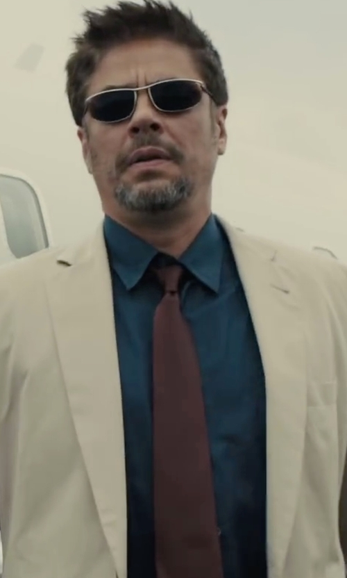 Benicio Del Toro with Canali Satin Tie in Sicario