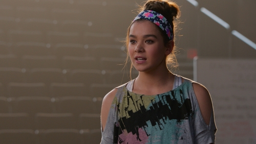 Hailee Steinfeld with Boy Meets Girl City of Lights Top in Pitch Perfect 2