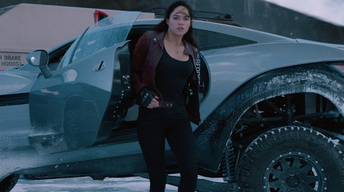 Michelle Rodriguez with Current/Elliott The Stiletto Skinny Raw-Hem Jeans in The Fate of the Furious