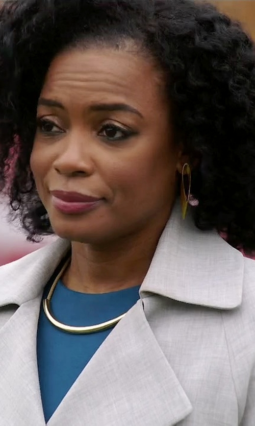 Aunjanue Ellis with The Limited Metal Arc Necklace in Quantico