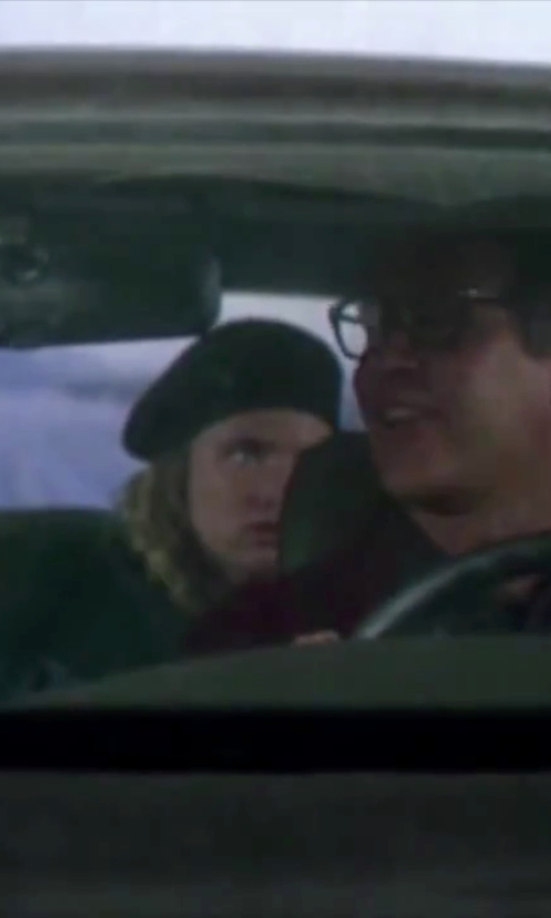 Juliette Lewis with Hat Attack Wool Beret in Christmas Vacation