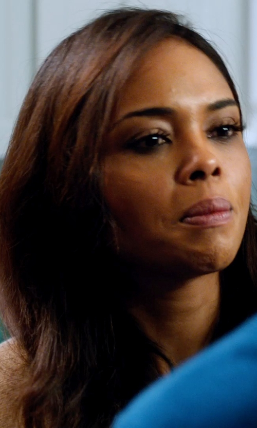 Sharon Leal with Jill Sander V Neck Cardigan in Addicted