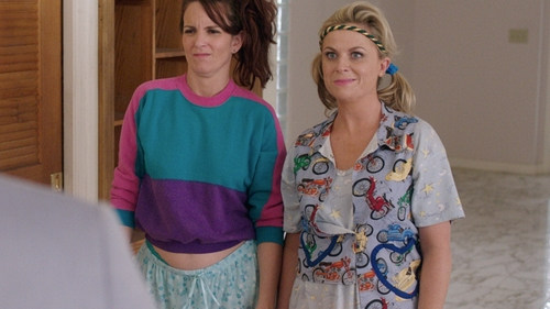 Amy Poehler with Mother The Bruiser Snap Vest in Sisters