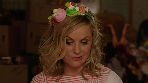 Amy Poehler with Patricia Underwood Handmade Floral Headband in Sisters