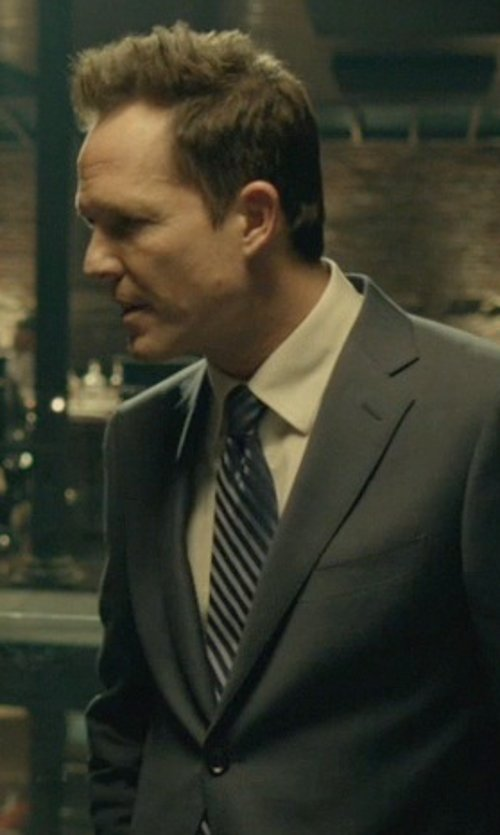 Dean Winters with Gitman Cotton Oxford Point Collar Dress Shirt in John Wick