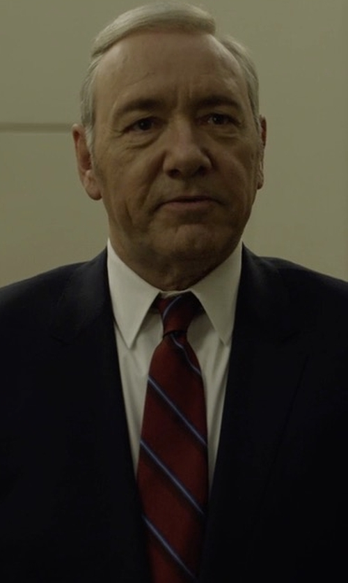 Kevin Spacey with Ermenegildo Zegna Ombre-Stripe Silk Tie in House of Cards