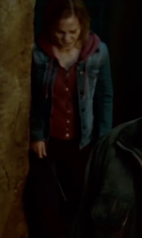 Emma Watson with Zara Stretch Women Jeans in Harry Potter and the Deathly Hallows: Part 2