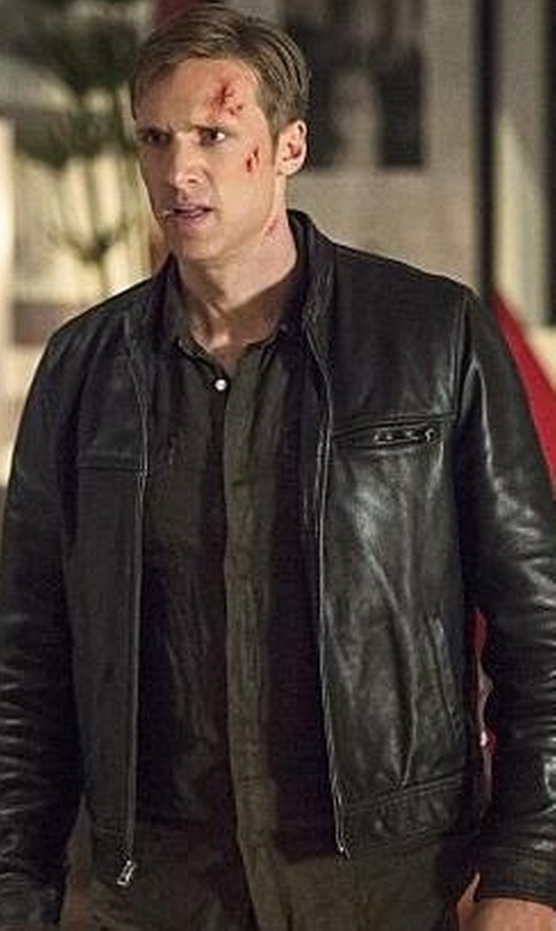 Teddy Sears with Panama Military Shirt in The Flash