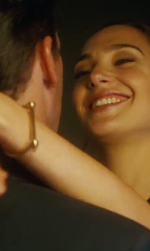 Gal Gadot with Miansai Screw Cuff Gold-Plated Bracelet in Keeping Up with the Joneses