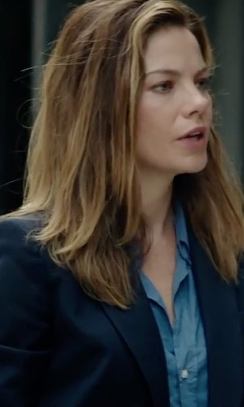 Michelle Monaghan with Tommy Hilfiger Two-Button Blazer in Sleepless