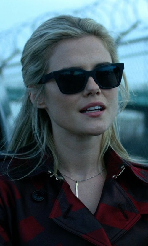 Rachael Taylor with Super Sunglasses America Black in Jessica Jones