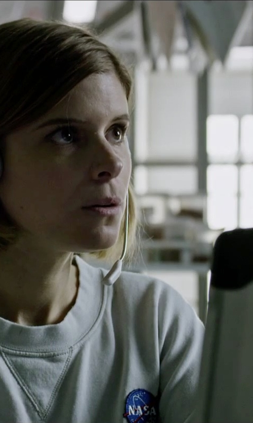 Kate Mara with Panasonic CF-30 Rugged Toughbook Laptop in The Martian