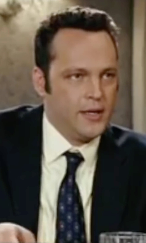 Vince Vaughn with Kiton Patterned Pointed Tip Tie in Wedding Crashers