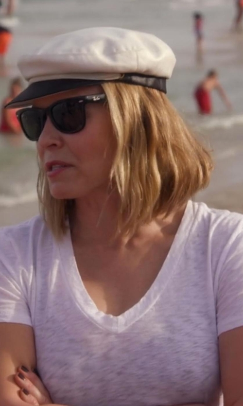 Chelsea Handler with Ray-Ban The Wayfarer Acetate Sunglasses in Chelsea