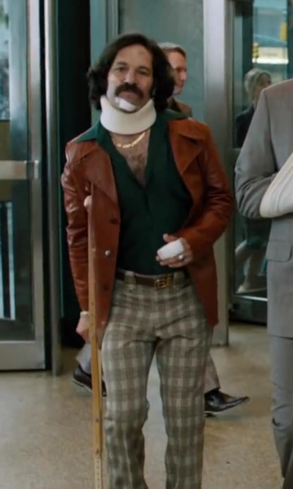 Paul Rudd with Nike Golf Men's Modern Tech Pant in Anchorman 2: The Legend Continues
