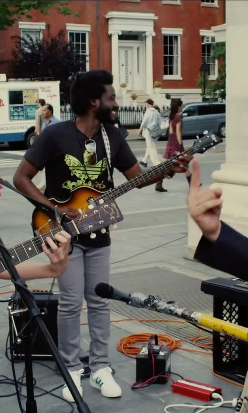 Unknown Actor with Hofner Icon Series Beatle Bass Guitar in Begin Again