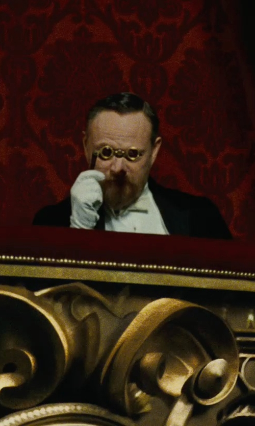 Jared Harris with Fratelli Orsini Men's Italian Silk Lined Lambskin Leather Gloves in Sherlock Holmes: A Game of Shadows