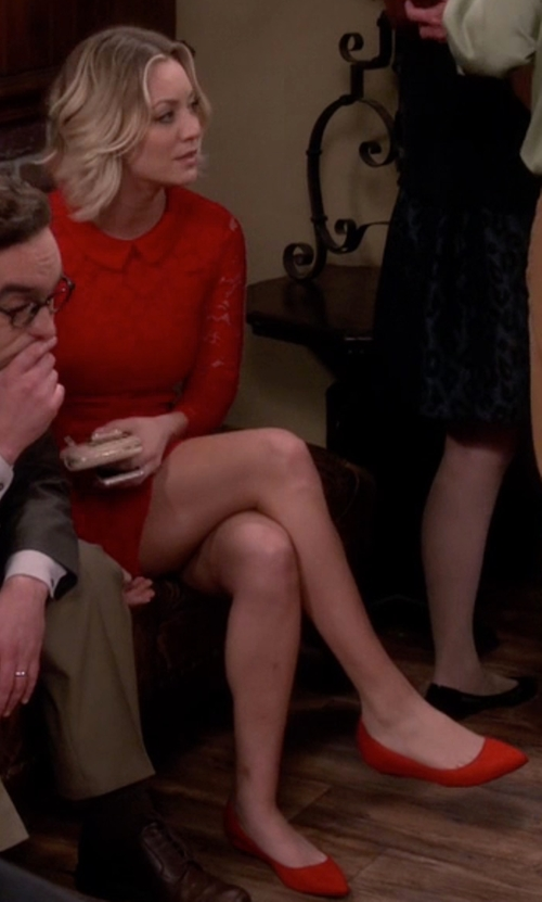 Kaley Cuoco-Sweeting with Cole Haan Hadley Skimmer Flats in The Big Bang Theory