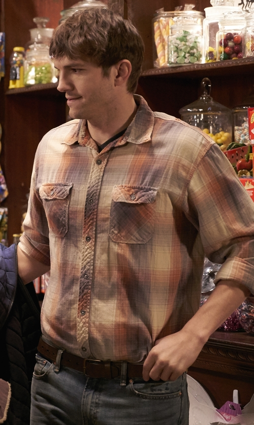 Ashton Kutcher with Hurley Bradford Long Sleeve Woven Shirt in The Ranch