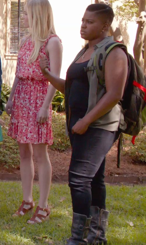 Ester Dean with Torrid Barely Boot Cut Denim Jeans in Pitch Perfect 2