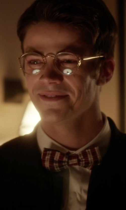Grant Gustin with Ryan Seacrest Distinction Wilcox Plaid Bow Tie in The Flash