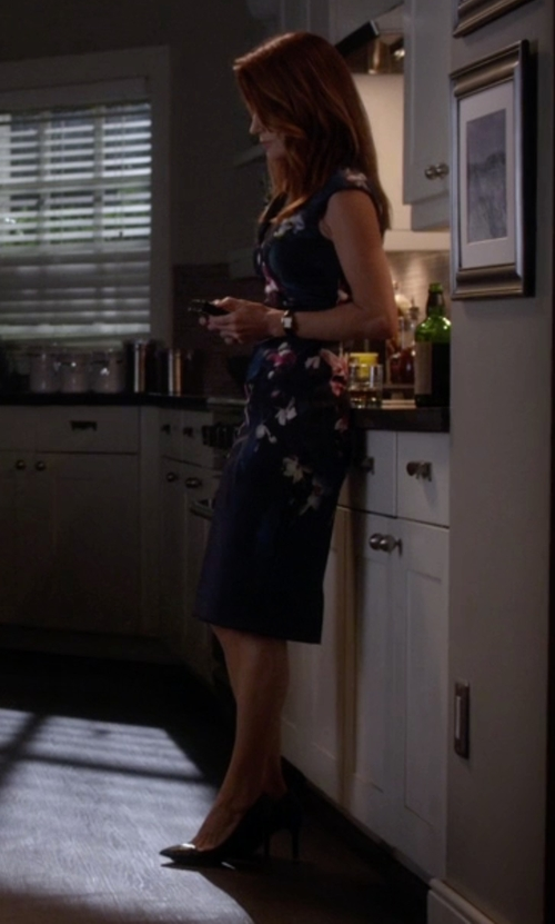 Laura Leighton with Michael Michael Kors Arianna Pumps in Pretty Little Liars