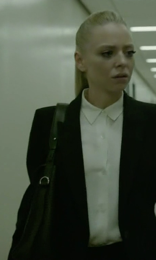 Portia Doubleday with Kendall + Kylie Izzy Tote Bag in Mr. Robot