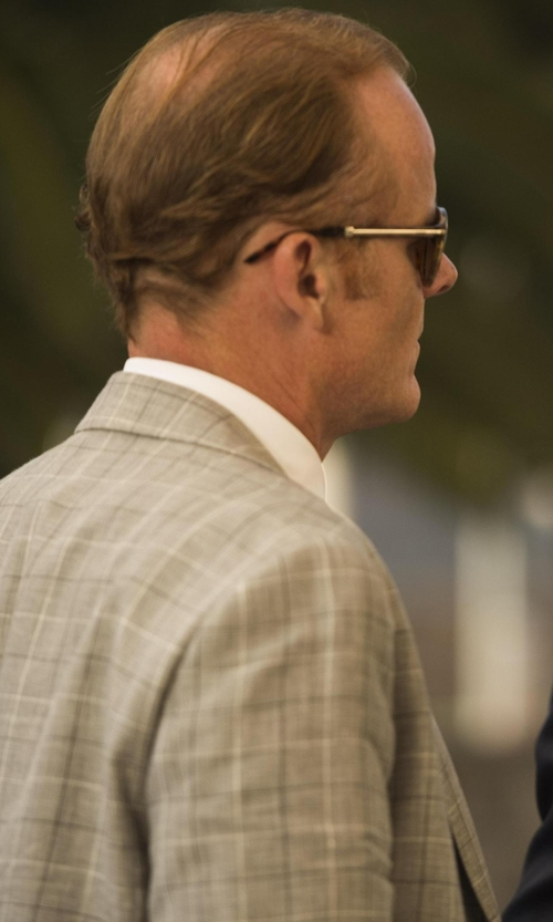 Alistair Petrie with Illesteva  Giovanni Round Sunglasses  in The Night Manager