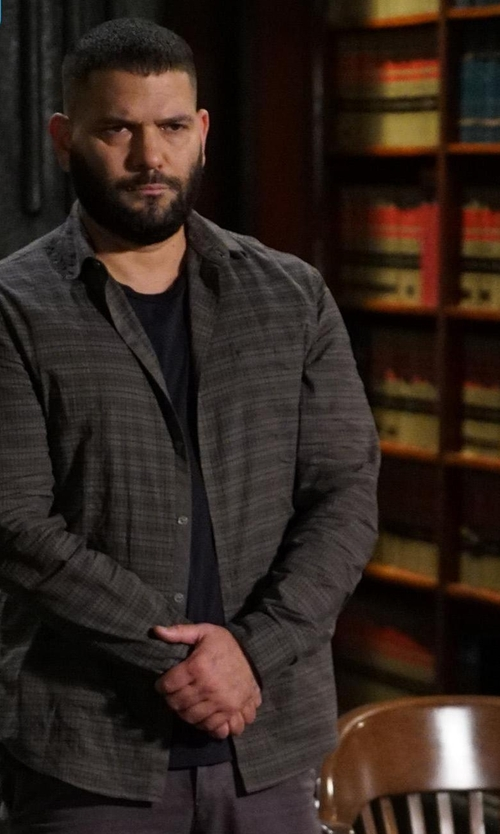 Guillermo Díaz with Hugo Boss Cutaway-Collar Checked Cotton-Flannel Shirt in Scandal