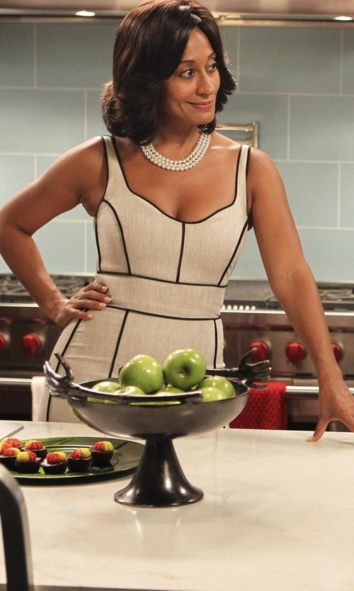 Tracee Ellis Ross with Kenneth Jay Lane Three-Row Simulated Pearl Necklace in Black-ish