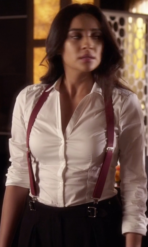 Shay Mitchell with Eileen Fisher Long-Sleeve Button-Down Shirt in Pretty Little Liars